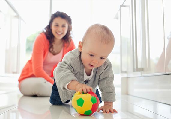 artículo de limpieza sobre preparación de su hogar para el cuidado postnatal